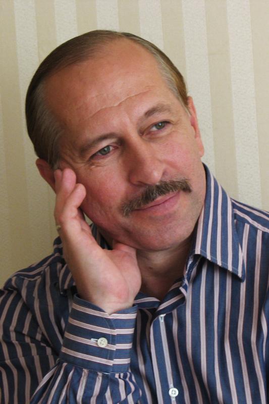 Поэт Анатолий Герасимов